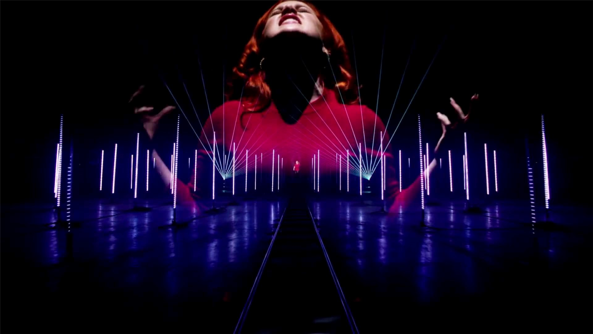 SGM 3D tubes brings vibrancy to Katy B's music video.