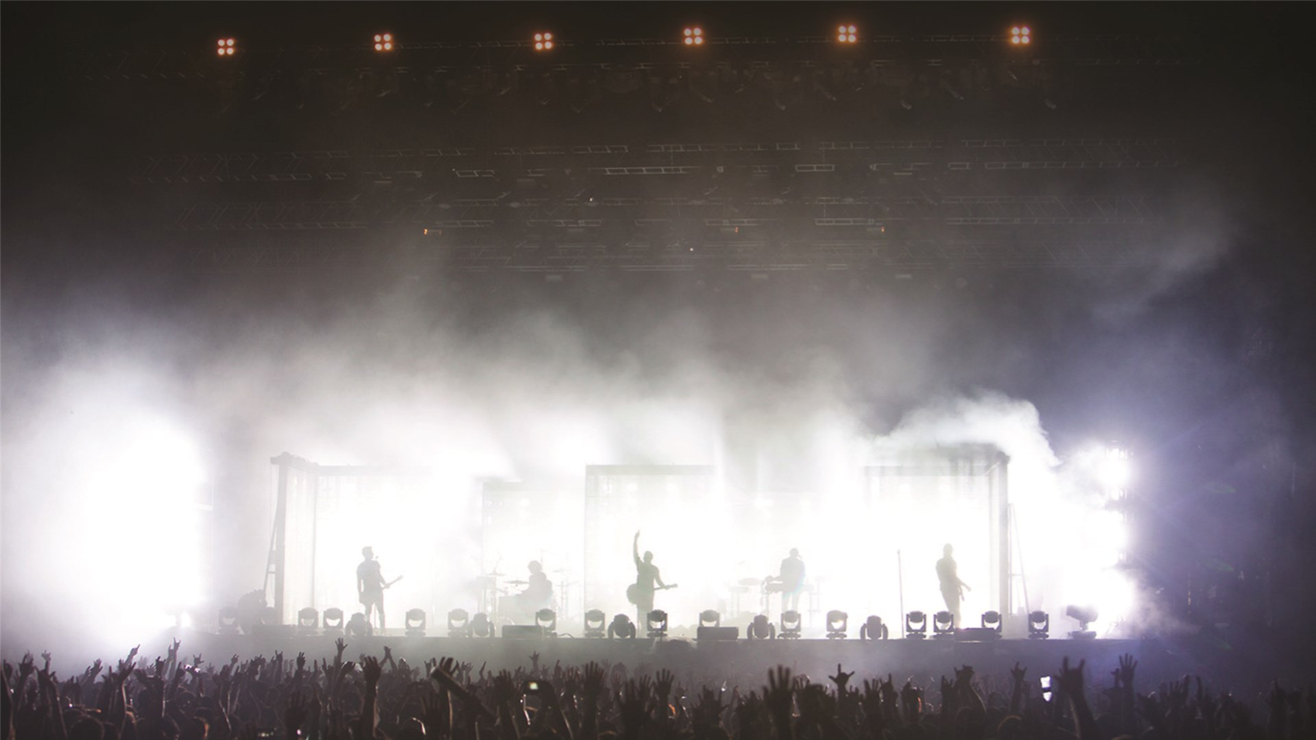 SGM Light l 144 X-5s on stage with Nine Inch Nails